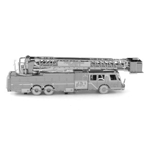 Metal Earth Wóz Strażacki Fire Engine - Metalowy Model Do Składania ,bez klejenia Na Prezent